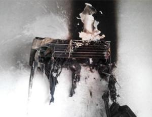 为何夏季用空调易引发火灾?